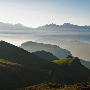 vista-picos-europa-desde-dobres-atardecer