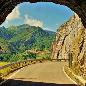 acceso-dobres-cucayo-tunel