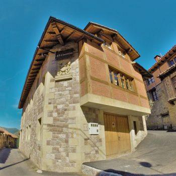 foto-puerta-entrada-viviendas-el-canton