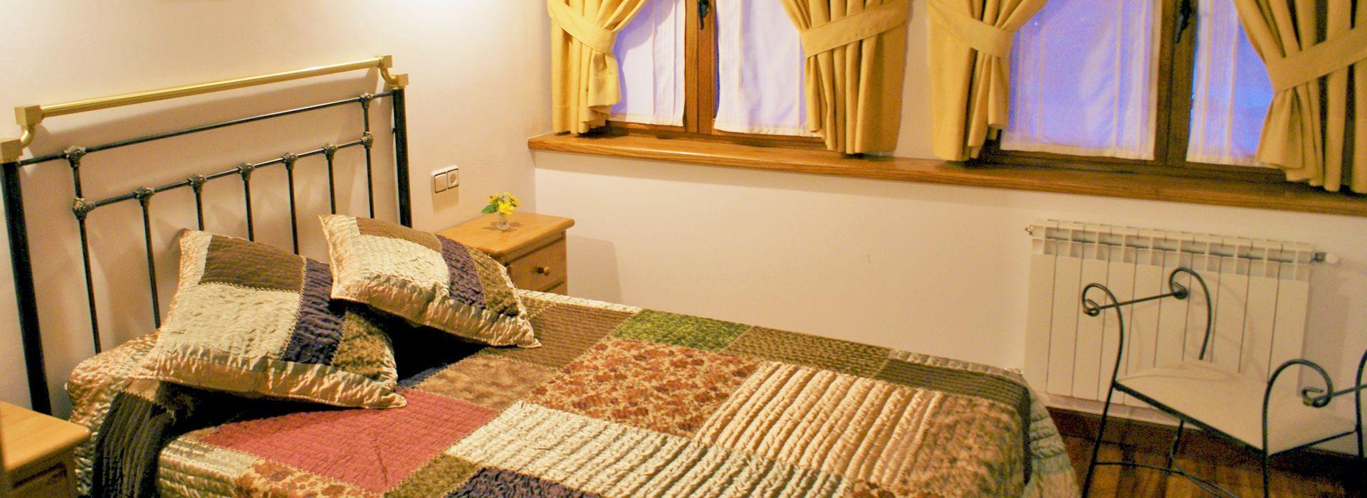 habitacion-matrimonio-casa-rural-liebana-el-canton